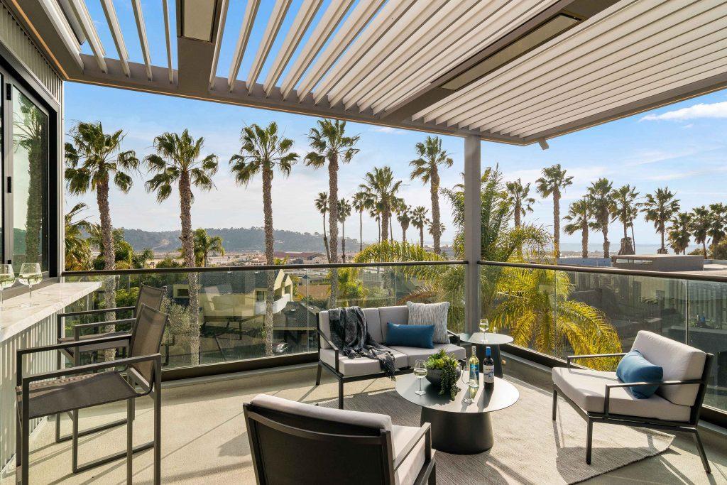 Palm Tree Paradise 4