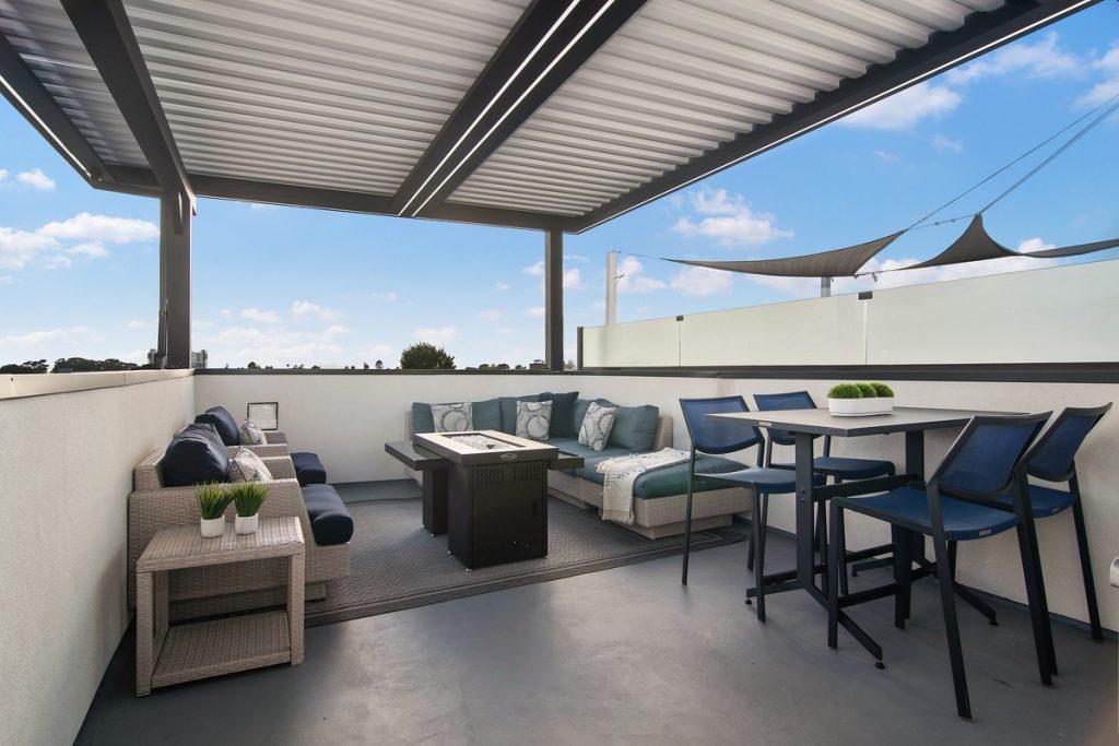Rooftop Vista 4